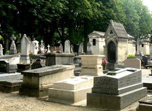 Monument funeraire