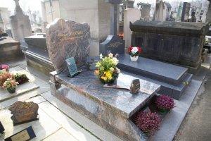pierre-tombale-classique